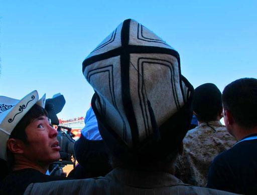 Kirgisen mit dem typischen hohen Filzhut