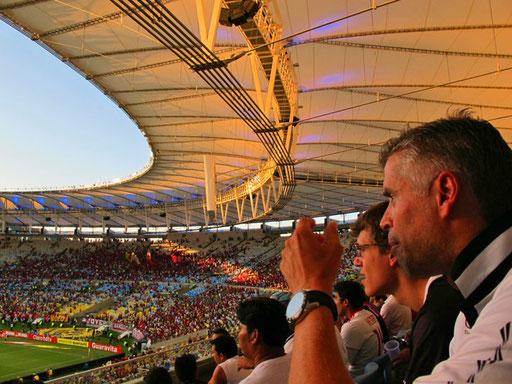Jose und sein Vito - beide Vasco-Fans - begleiteten jeden Spielzug mit grossen Leidenschaft
