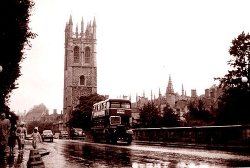 das Wahrzeichen von Oxford im Regen