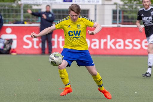 Philipp Zilles wird auch in der Saison 2019/2020 das Trikot des 1. FC Solingen tragen (Foto: 1. FC Solingen Media Team)