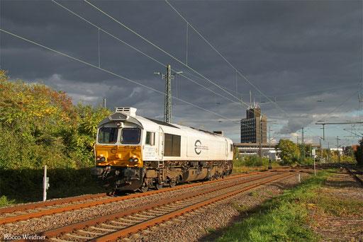 77 028 als T 67900 Karlsruhe Gbf - Saarbrücken Hbf (Sdl.), Neustadt(W) 03.10.2017
