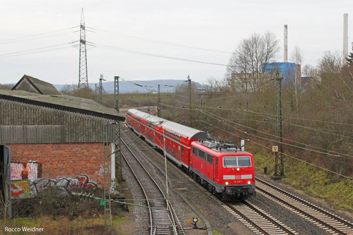 111 127 mit RE-D 4273 Trier Hbf - Mannheim Hbf, Bous 27.12.2013