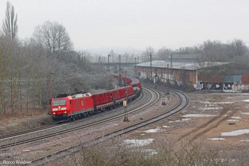 185 119 mit ES 51072 Neunkirchen(Saar) Hbf - Hagen-Vorhalle Einfahrgruppe, Bous 10.02.2013