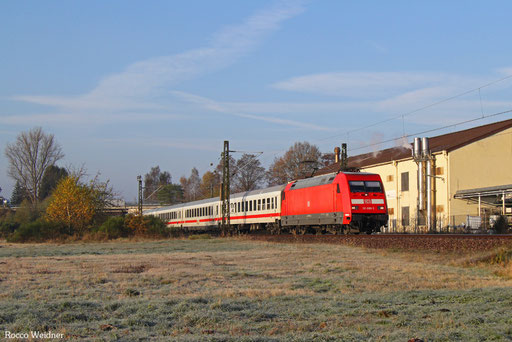 101 088 mit IC 2059 Saarbrücken Hbf - Stuttgart Hbf, Bruchmühlbach 14.11.2016