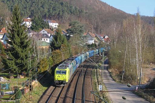 185 534 mit DGS 42480 Czerwieńsk/PL - Dillingen Hochofen Hütte (Sdl.), Scheidt (Saar) 22.02.2018