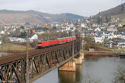 143 009 (143 925) mit Lr-D 70604 Koblenz Hbf - Trier Hbf (Sdl.), Bullay 25.02.2017