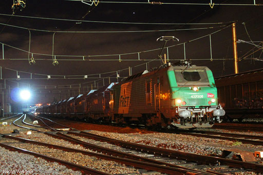 BB37008 mit GM 44426 (Wroblin/PL) Cottbus - Forbach/F (Lens) (Sdl. Kupfer) 05.01.2014