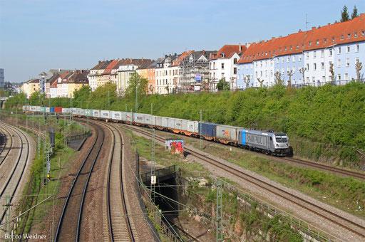 187 302 mit DGZ 95261 Dillingen-Katzenschwänz - Homburg(Saar), Saarbrücken 12.04.2017