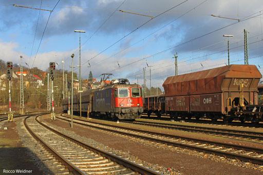 421 383 mit DGS 83865 Neunkirchen (Saar) Hbf - Koblenz-Lützel Nord  (Sdl. leere Fal-Wagen), Saarbrücken Rbf Nord 20.12.2103