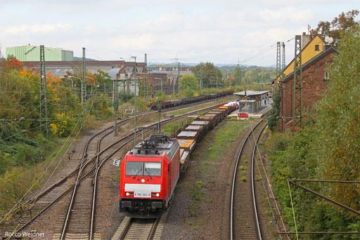 186 324 mit EK 55997 Dillingen Hütte - Saarbrücken Rbf (Sdl.Frachten), Bous 07.10.13