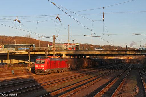 185 022 mit GB 48276 Mannheim-Rheinau - Clermont-Ferrand/F, Neunkirchen(Saar) Hbf 02.12.2013