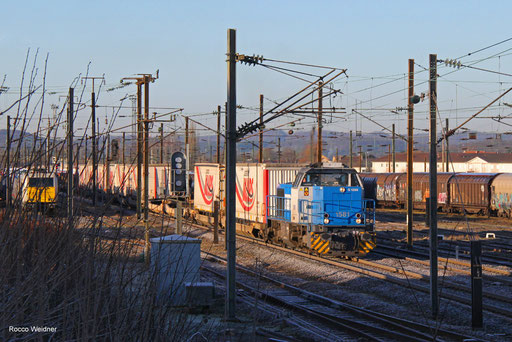 1581 mit DGS 42233 Bettembourg-Marchandises - Saarbrücken Rbf Nord, Forbach (Moselle) 13.02.2018