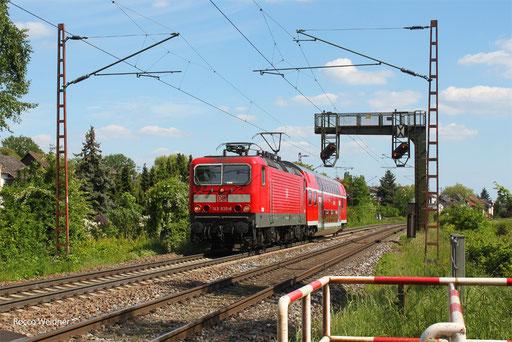143 930 mit Lr-D 70551  Saabrücken Hbf - Trier Hbf (Sdl.), Saarlouis-Roden 27.05.2013