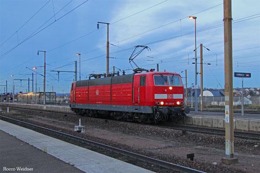 181 205 als Tfzf(F) 77752 Forbach/F - Saarbrücken Hbf (Sdl. Putzfahrt), 24.11.216