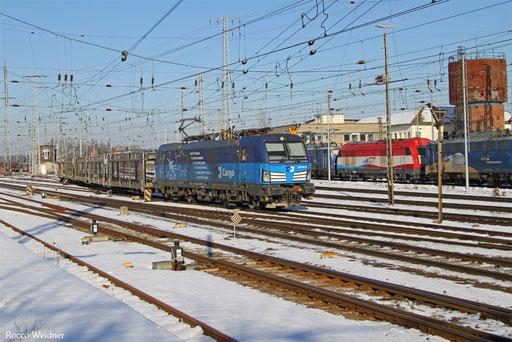 383 001 mit DGS 48305 Falkenberg/Elster unter Bahnhof -  Devinska Nova Ves/CZ, 22.01.2017