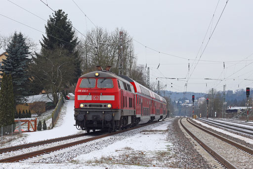 218 414 mit RE 13587 Saarbrücken Hbf - Mainz Hbf (Sdl.), Dudweiler 11.02.2013