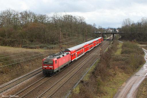 143 073 mit RE 12013 Saarbrücken Hbf - Koblenz Hbf, Saarlouis-Roden 19.03.2013