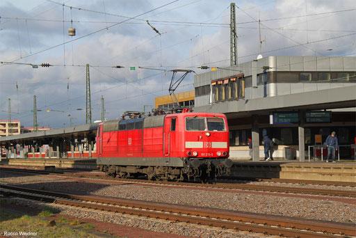181 215 als Tfzf(F) 77914 Forbach/FR - Saarbrücken Hbf (Putzfahrt), 01.02.2018