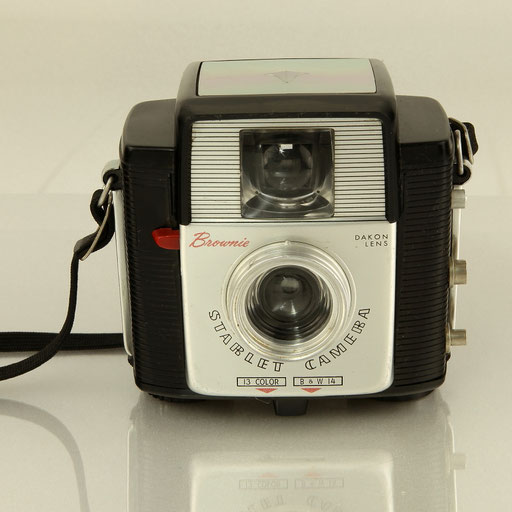 KODAK Brownie Starlet Camera  ©  engel-art.ch