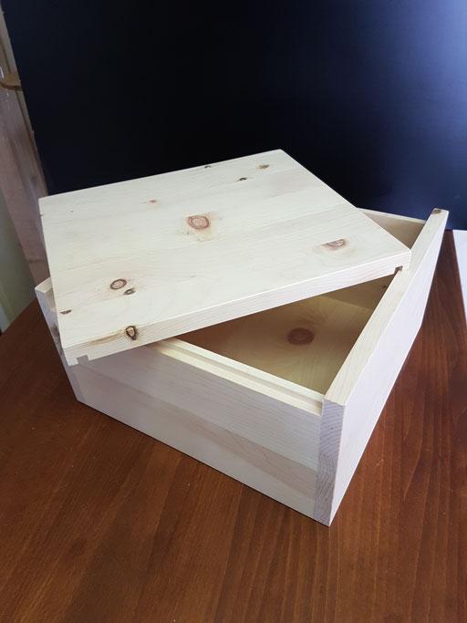 Zirben- Brotbox eckig