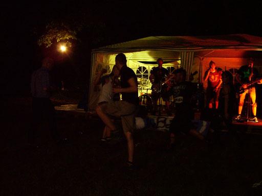 Dance, bootboys, dance!!!