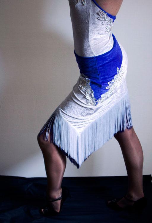 Danseuse, pas en avant