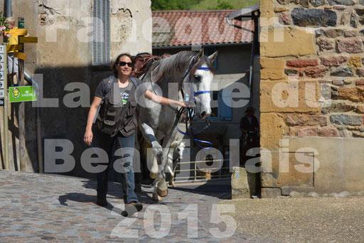 La Route Du Beaujolais 2015 - dimanche 24 mai 2015 - parcours et arrivée place d'un village - 51