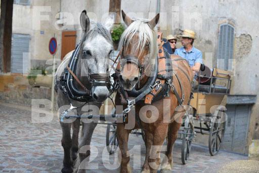 La Route Du Beaujolais 2015 - dimanche 24 mai 2015 - parcours et arrivée place d'un village - 24