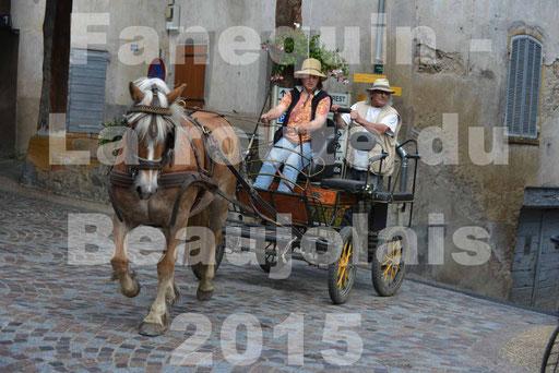 La Route Du Beaujolais 2015 - dimanche 24 mai 2015 - parcours et arrivée place d'un village - 16