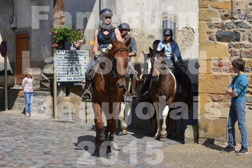 La Route Du Beaujolais 2015 - dimanche 24 mai 2015 - parcours et arrivée place d'un village - 40