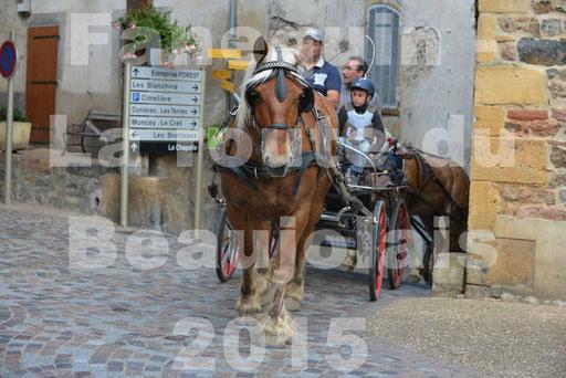 La Route Du Beaujolais 2015 - dimanche 24 mai 2015 - parcours et arrivée place d'un village - 15