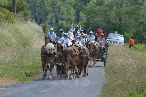 La Route Du Beaujolais 2015 - dimanche 24 mai 2015 - parcours et arrivée place d'un village - 05