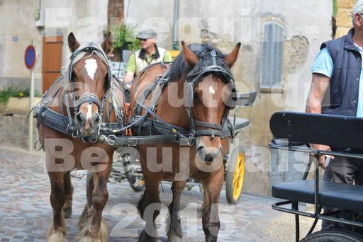 La Route Du Beaujolais 2015 - dimanche 24 mai 2015 - parcours et arrivée place d'un village - 21