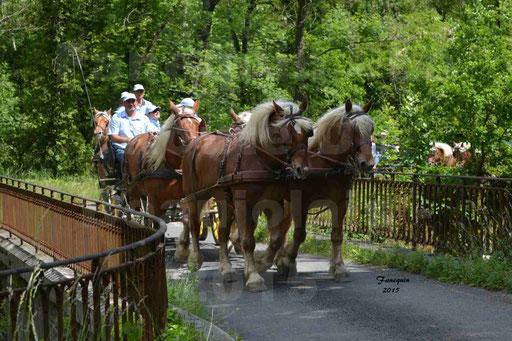 La Route Du Beaujolais 2015 - dimanche 24 mai 2015 - parcours et arrivée place d'un village - 03