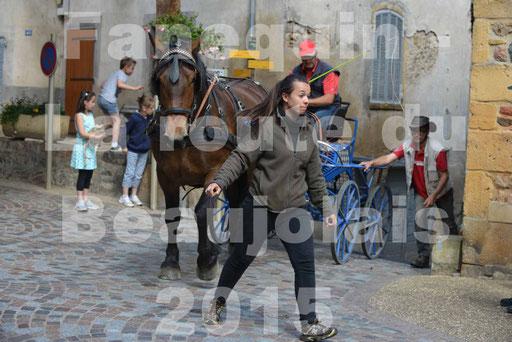 La Route Du Beaujolais 2015 - dimanche 24 mai 2015 - parcours et arrivée place d'un village - 28
