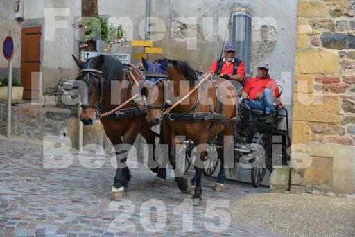 La Route Du Beaujolais 2015 - dimanche 24 mai 2015 - parcours et arrivée place d'un village - 13
