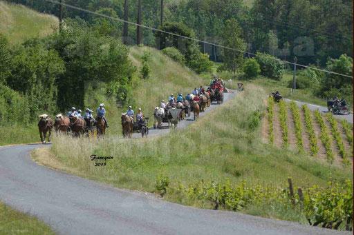 La Route Du Beaujolais 2015 - dimanche 24 mai 2015 - parcours et arrivée place d'un village - 04