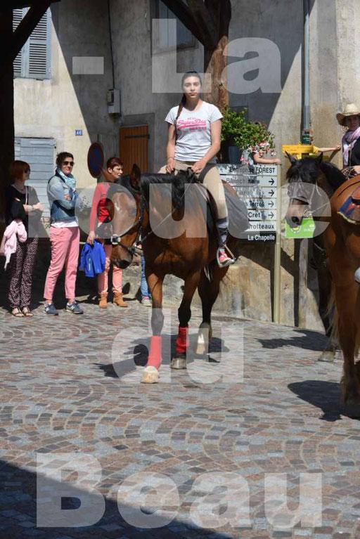La Route Du Beaujolais 2015 - dimanche 24 mai 2015 - parcours et arrivée place d'un village - 44