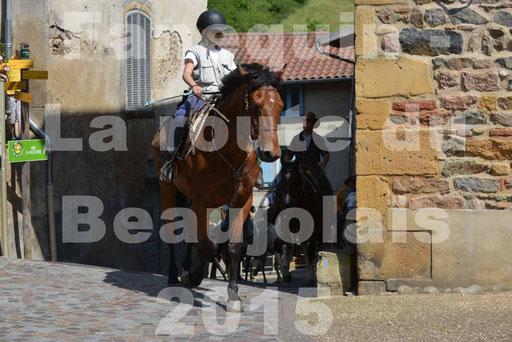 La Route Du Beaujolais 2015 - dimanche 24 mai 2015 - parcours et arrivée place d'un village - 52