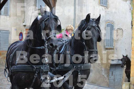 La Route Du Beaujolais 2015 - dimanche 24 mai 2015 - parcours et arrivée place d'un village - 19