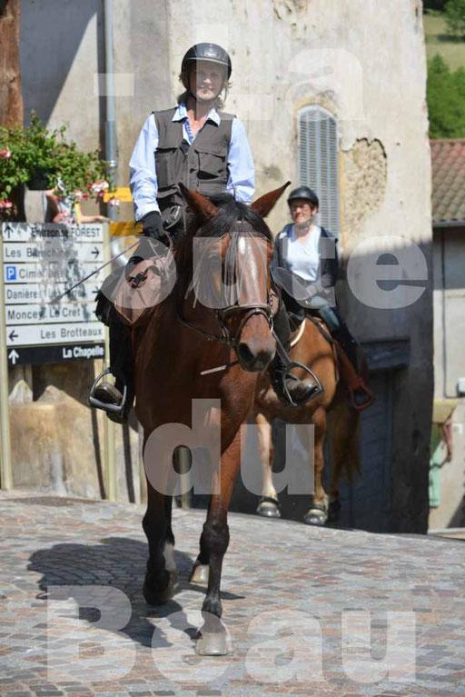 La Route Du Beaujolais 2015 - dimanche 24 mai 2015 - parcours et arrivée place d'un village - 66