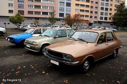 Un petit groupe de Renault