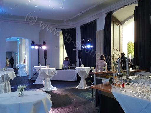Hochzeits DJ Neuwied im Schloss Engers - Foyer inkl. Bar