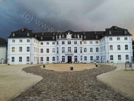 Hochzeits DJ Neuwied im Schloss Engers - Außenansicht