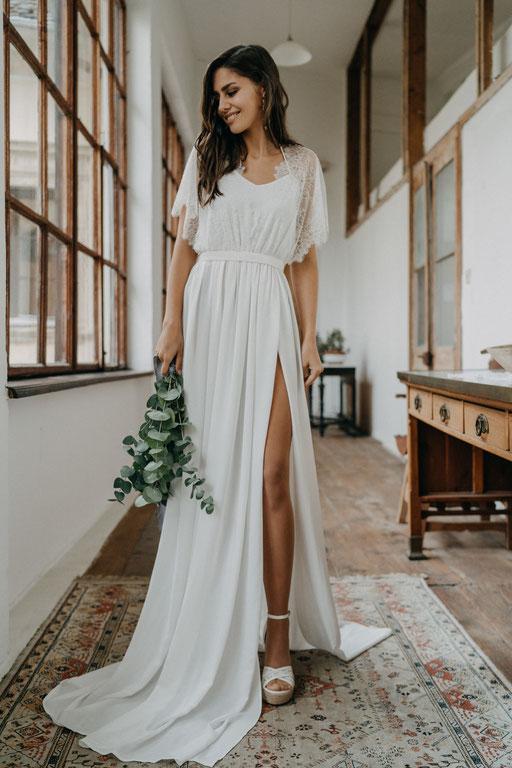Brautkleid mit Spitze Boho Hochzeit Strandhochzeit