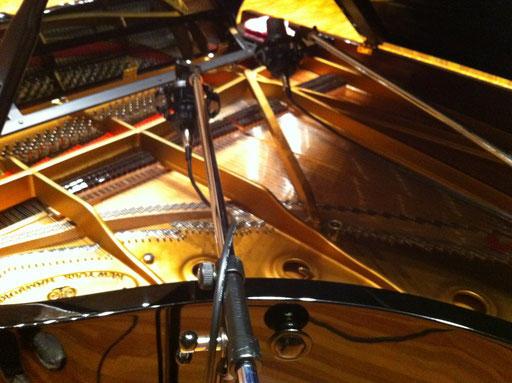 グランドピアノの録音は、ドラムと互角なくらいに難しくもたのしーお仕事なのです。