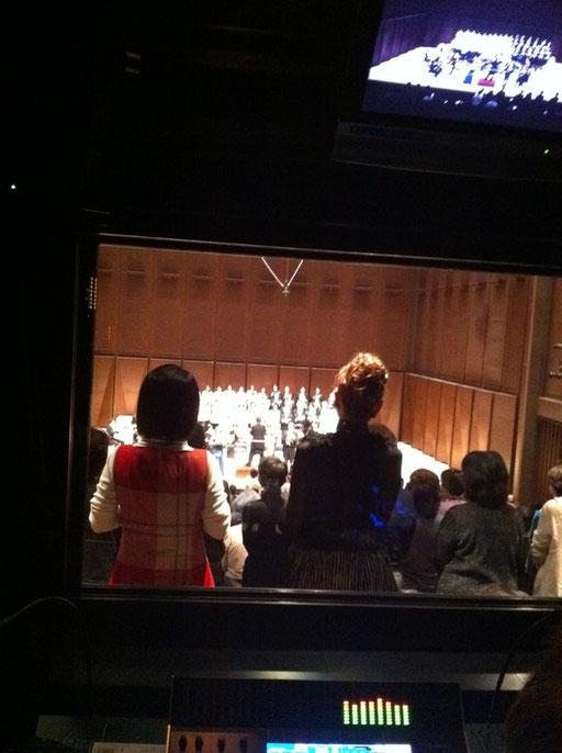 メサイアコンサート、本番はハレルヤコーラスで客席総立ちです。