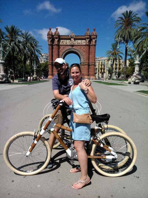 Bamboo Bike Tour at the Arc de Triomf, Barcelona