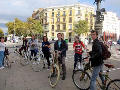 Bamboo Bike Tour at the Arc de Triomf, Barcelona