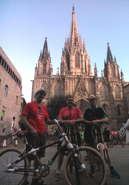 Bamboo Bike Tour at La Catedral Santa Eulalia i la Santa Cruz, Barcelona